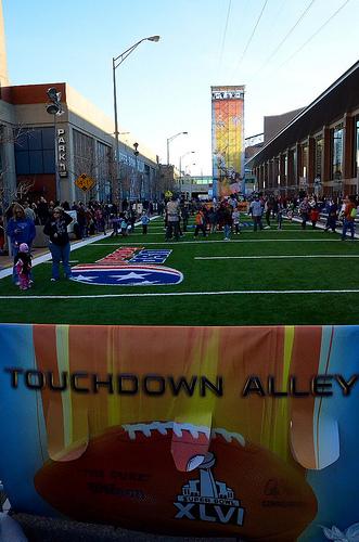 Touchdown alley