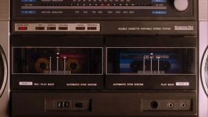 Dual tape deck